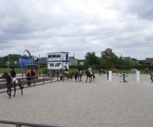 Impressie eerste outdoor internationale jumping Sentower Park